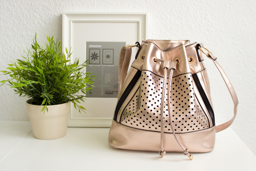 newlook_bucketbag01