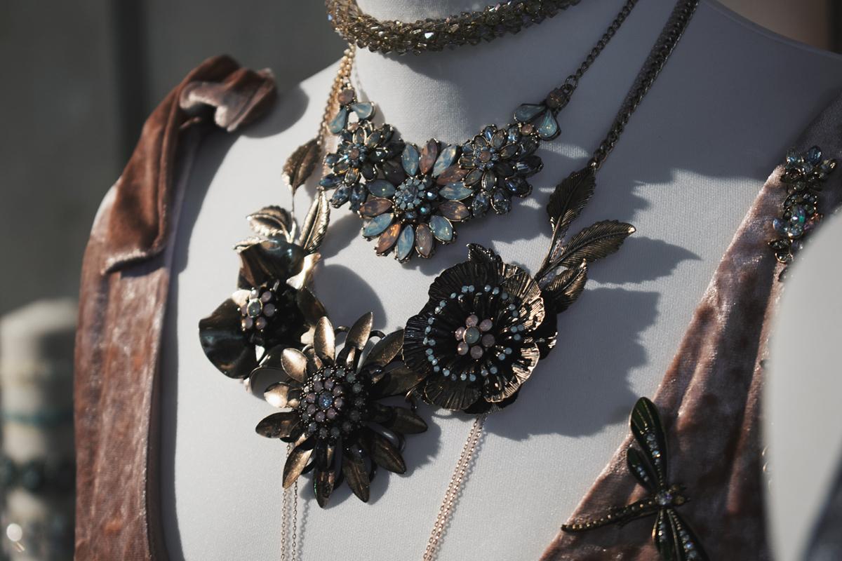 Bijou Brigitte, press day, novalanalove, farina opoku, accessoires